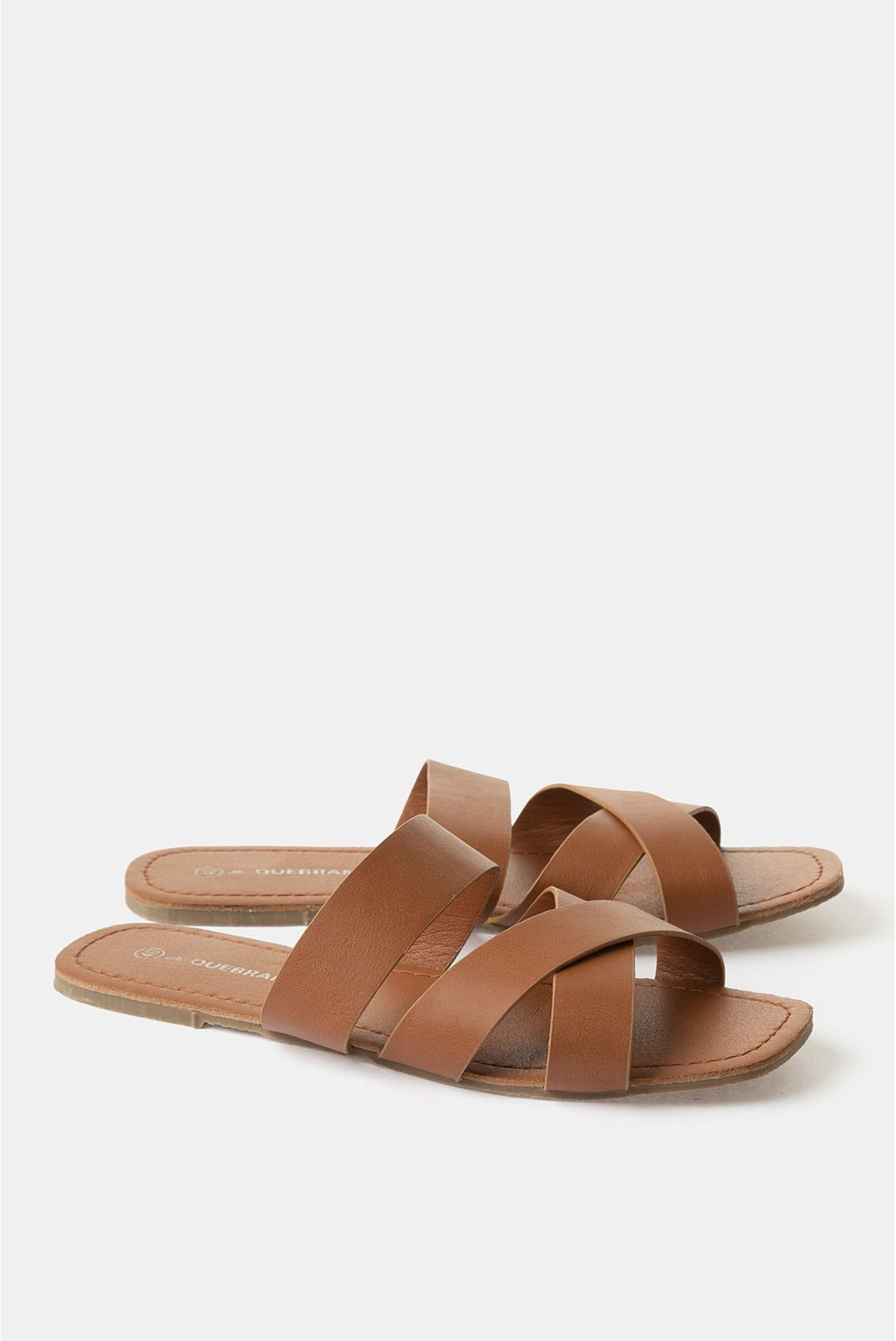 FLAT SANDALS WITH STRIPS